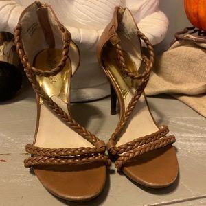 Michael Kors Braided Leather Heels sz 7